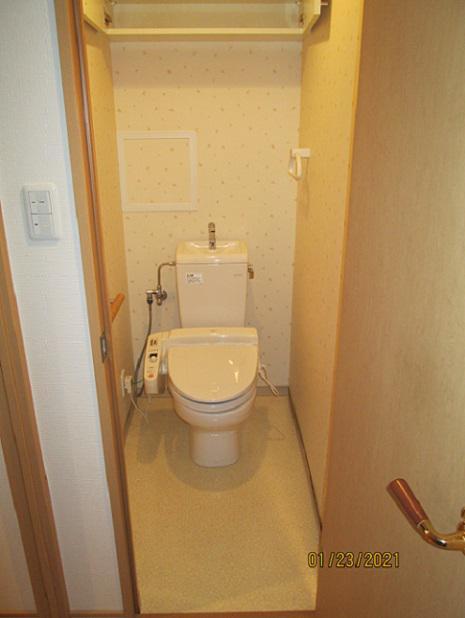 クロス張替と床改修工事:画像