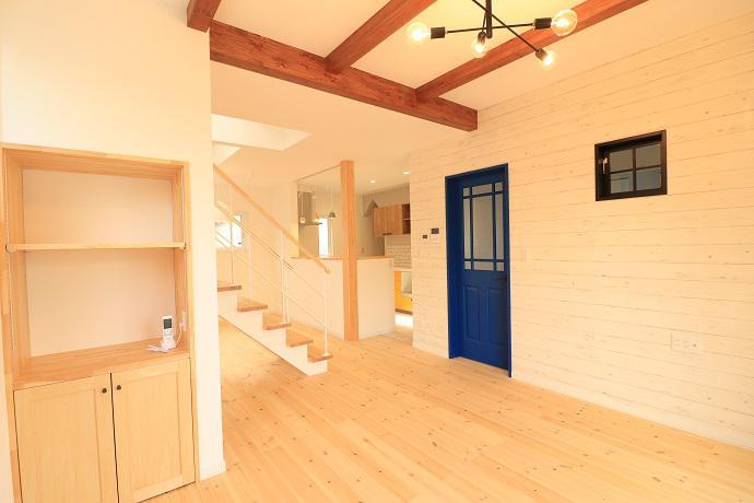 天然木を使った木製室内建具:画像