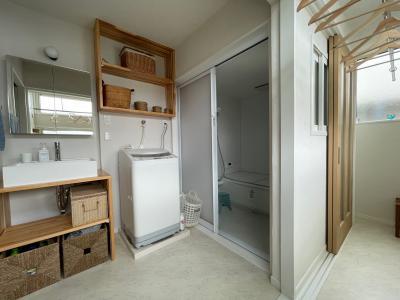 サンルームと脱衣室と浴室の移動がスムーズ:画像