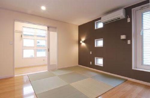 インナーバルコニーと併設した寝室:画像