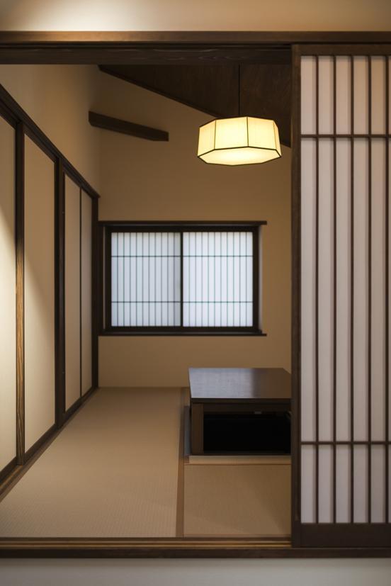 小上がりになっている和室