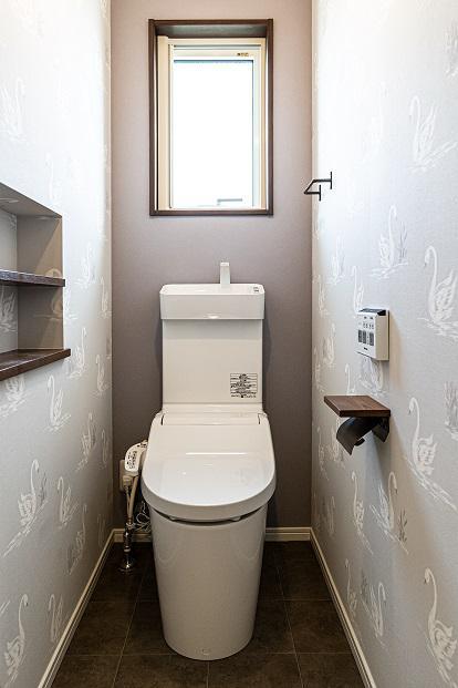 2F WC
