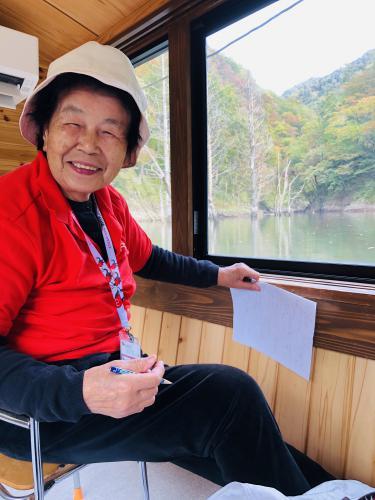 おらんだ専科 情報紹介   長井ダムへ 遊覧船で百秋湖:画像