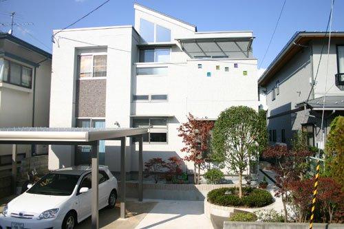 スキップフロアのあるWOOD MODERN / 山形市F様邸:画像