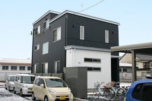 街並を眺望できる2.5階 Asian Mode Style / 山形市A様邸:画像