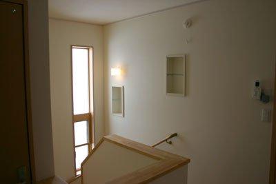 階段及び2Fホール:画像