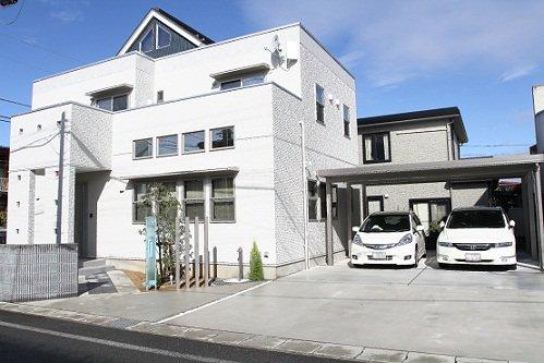 シックな内装のsharp::modern住宅 / 山形市O様邸:画像
