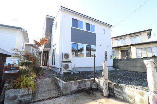 家族のプライベートを重視したZEHモデルの2世帯住宅:画像