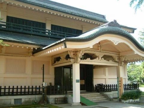 上杉神社稽照殿:画像