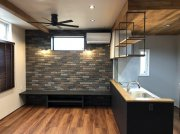 住宅完成内覧会のタイルのアクセント壁:画像