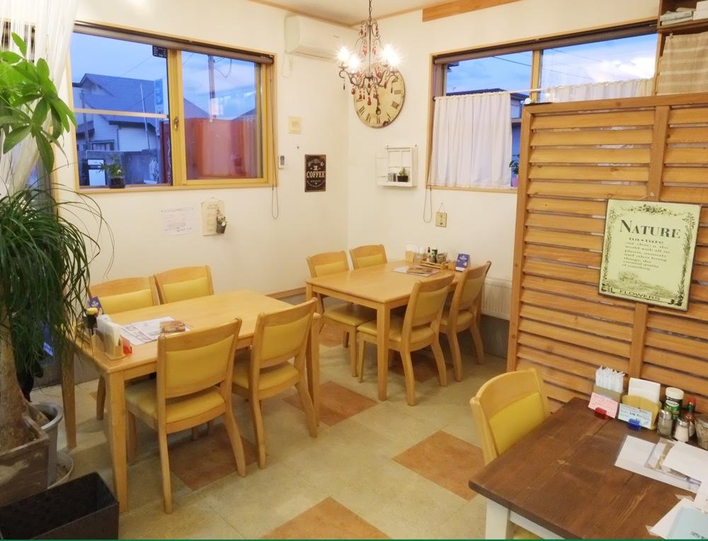 陽Cafe(ひなたカフェ)店内2