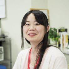 Momo Suzuki