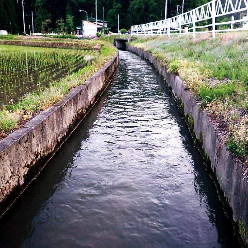 農業用水路を使った小水力発電